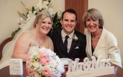 A Wintry Wedding Tale !