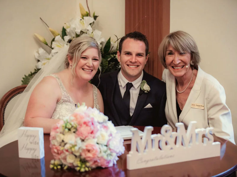 Yvonne Wood - Blog - A Wintry Wedding Tale