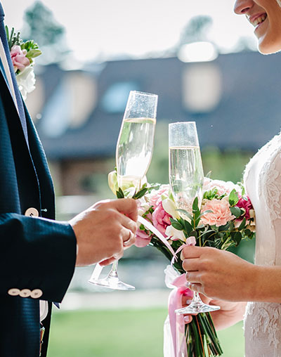Yvonne Wood Wedding & Marriage Celebrant - Ceremonies and Services - The Sharing of Wine