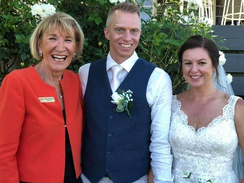 Yvonne Wood Wedding & Marriage Celebrant - Tributes - Emma and Lloyd