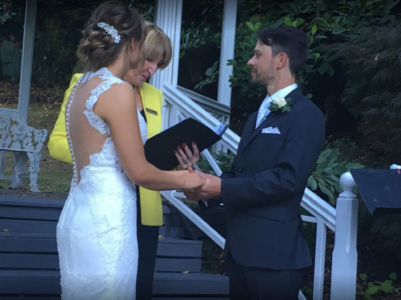 Yvonne Wood Wedding & Marriage Celebrant - Tributes - Laura and Scott
