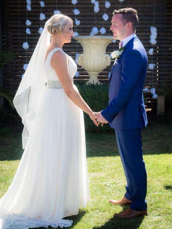 Yvonne Wood Wedding & Marriage Celebrant - Tributes - Tess and Dave - Agadhoe Estate Springmount Celebrant