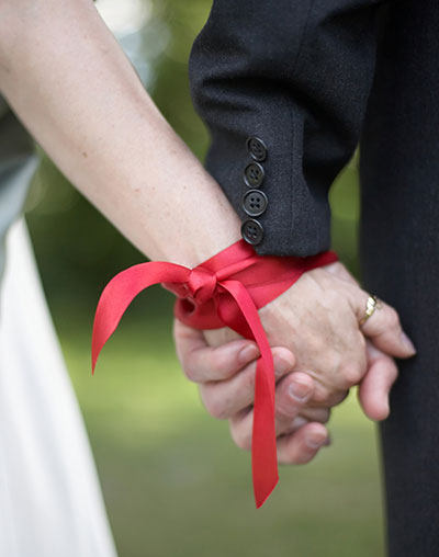 Yvonne Wood Wedding & Marriage Celebrant - Types of Rituals - Handfasting